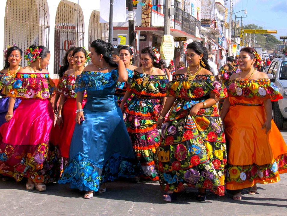 Voluptuous Mexican Women Chiapa de Corzo  Mexico