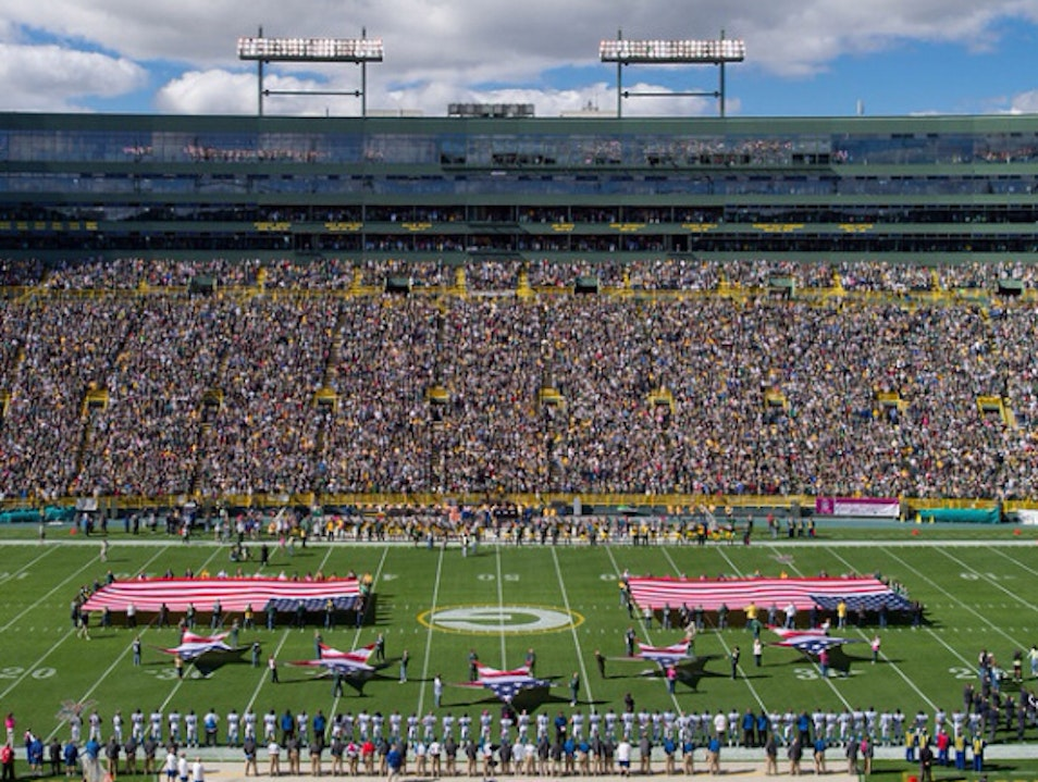 Best Place To Watch Football Green Bay Wisconsin United States