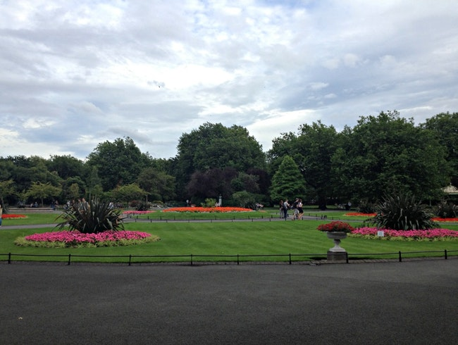 Taking a Breather at St Stephen's Green