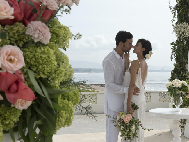 Absolute beachfront  hotel wedding venue in Bali
