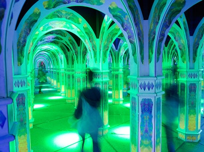 Magowan's Infinite Mirror Maze San Francisco California United States