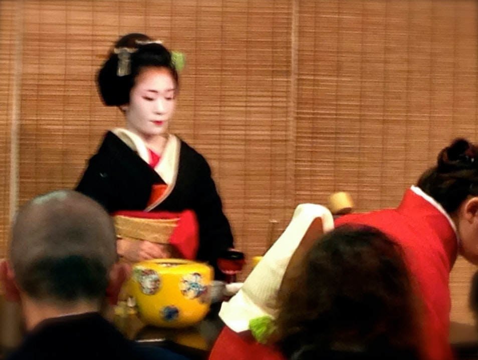Miyako Odori – The Cherry Blossom Dances Kyoto  Japan