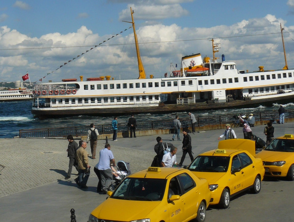 How to Use an Istanbul Taxi Istanbul  Turkey