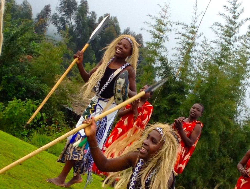 Rwandan Traditional Dance + Gorilla Trekking = A good quality day!  Kinigi  Rwanda