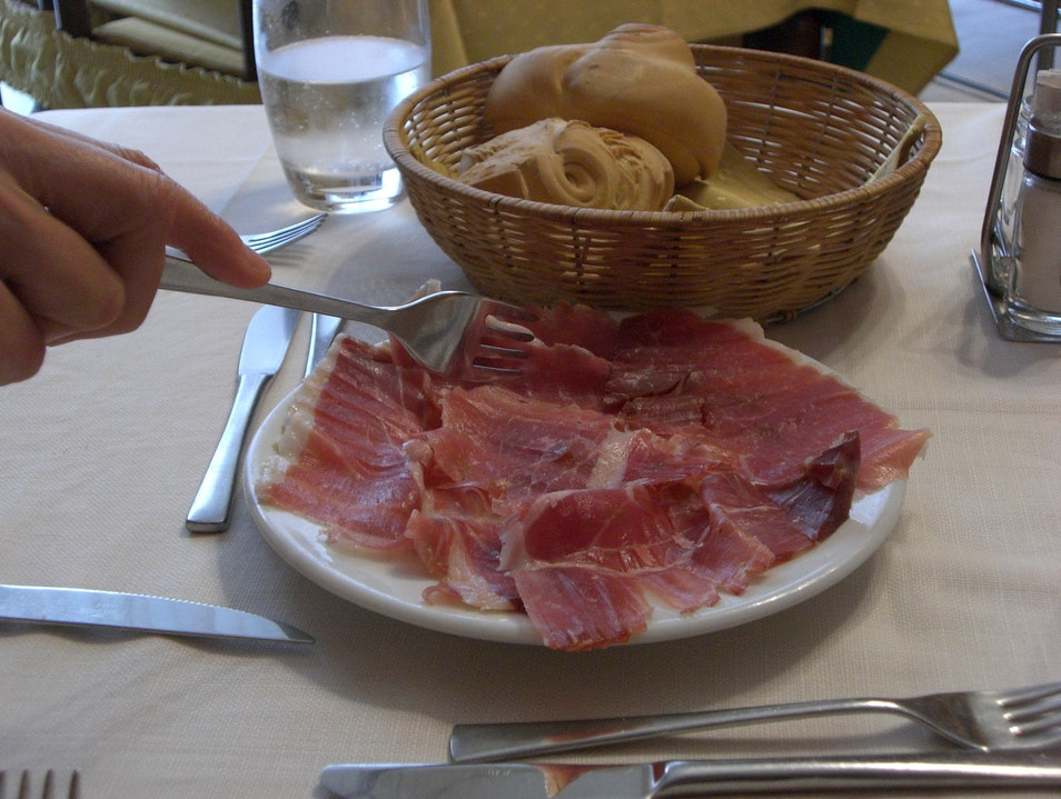 Parma Ham - Right from The Source Parma  Italy