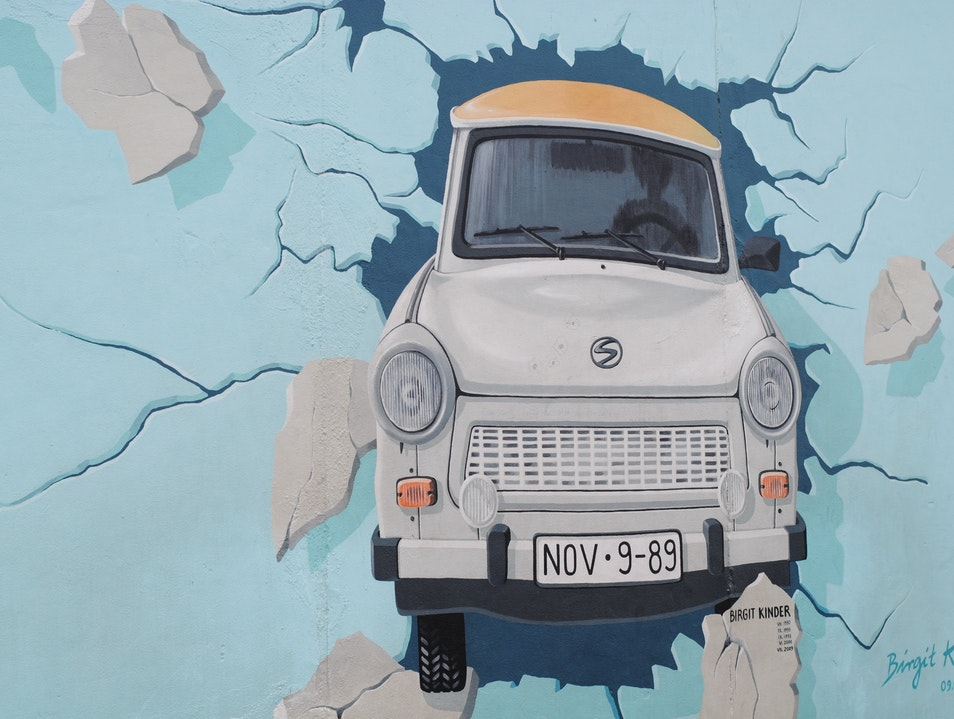Turning History into Art at the East Side Gallery