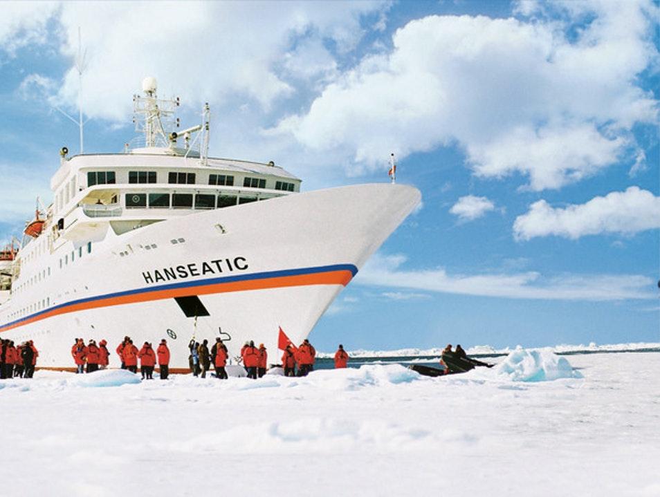 Hapag-Lloyd Cruises: Spacious Cabins with Spectacular Views   Antarctica