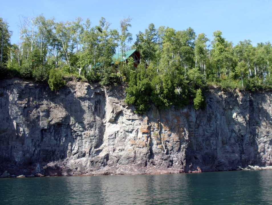 Highbrow Cabin on the Cliff  Minnesota United States