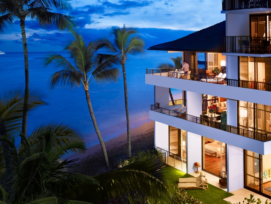Experience a Tranquil Suite Escape Honolulu Hawaii United States