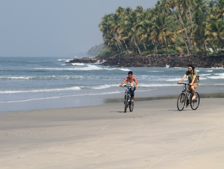 Cycling holiday through Kerala Kochi  India