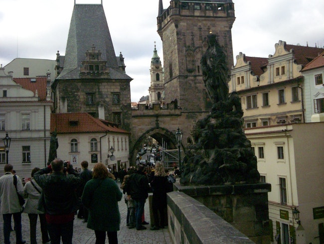 Go statue-hunting on Charles Bridge