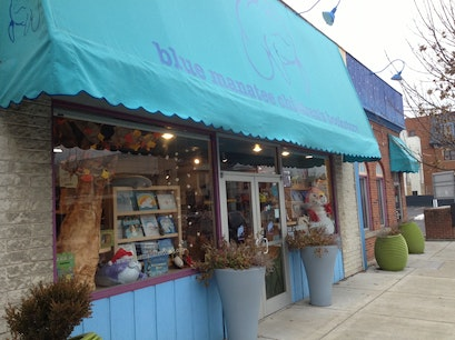 Blue Manatee Children's Bookstore & Decafe Cincinnati Ohio United States