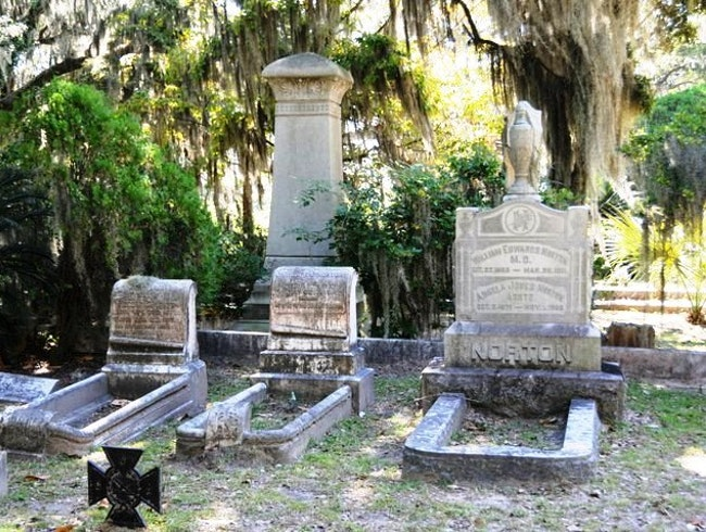 Beautiful Bonaventure Cemetery