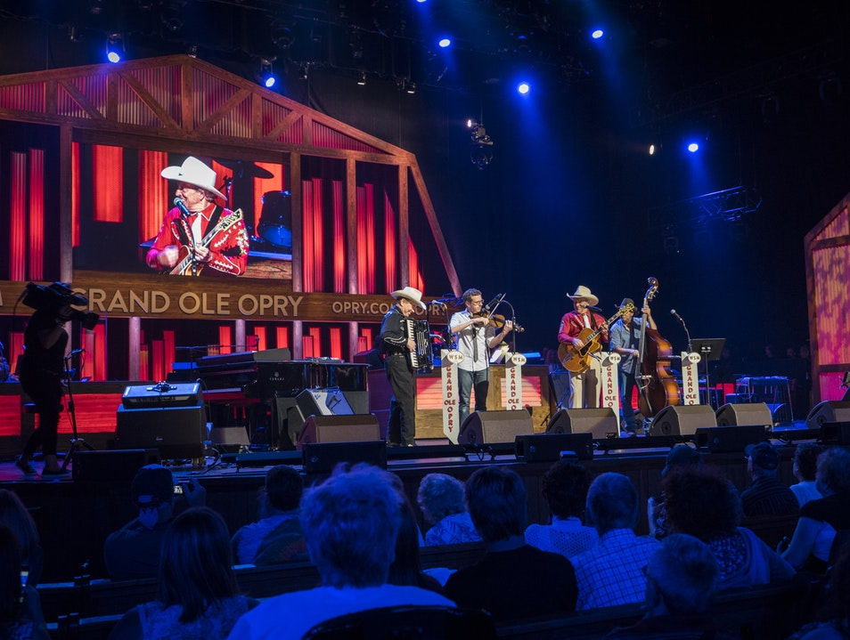 The Show that Made Country Music Famous Nashville Tennessee United States