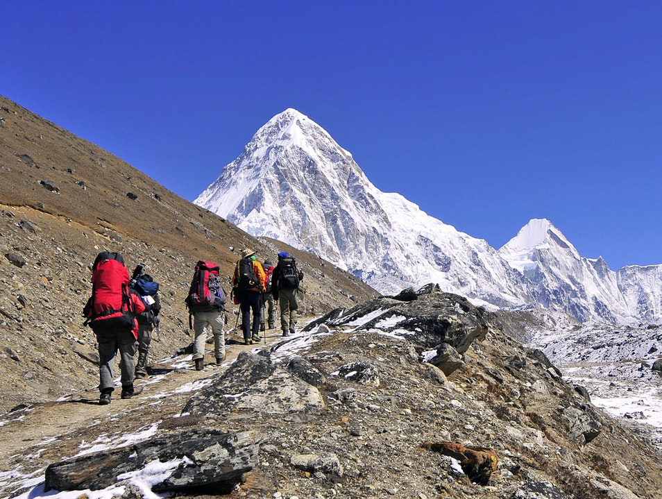 Everest View Trekking Chaurikharka  Nepal
