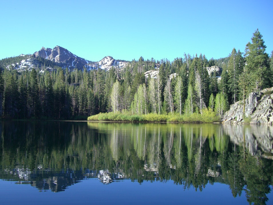 The Sierra Buttes Lakes Basin
