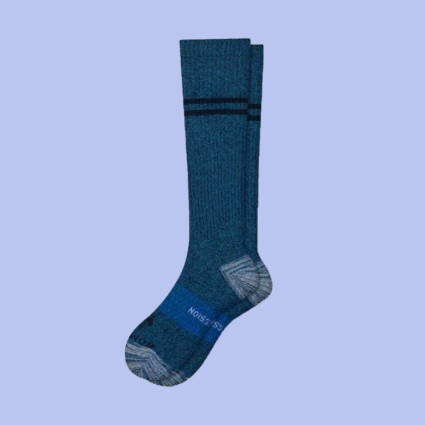 The men's compression socks come in everything from size 6 to 16.
