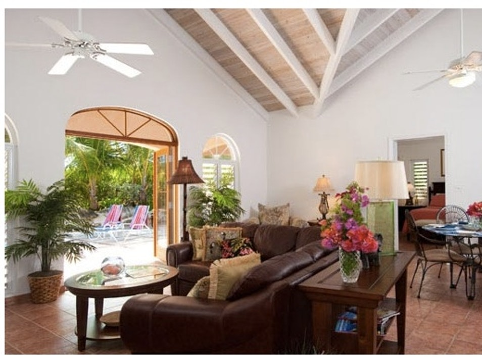 Privacy of a Home for Less than a Hotel: Acacia Villa Providenciales And West Caicos  Turks and Caicos Islands