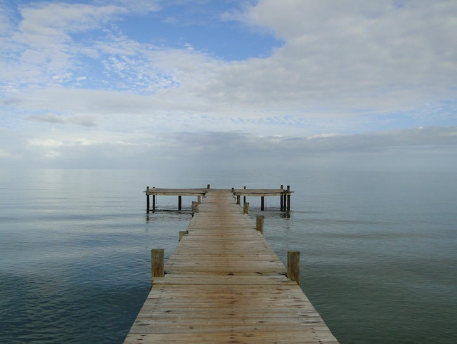 Pier into the Infinite Horizon