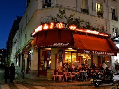 Café des 2 Moulins Paris  France