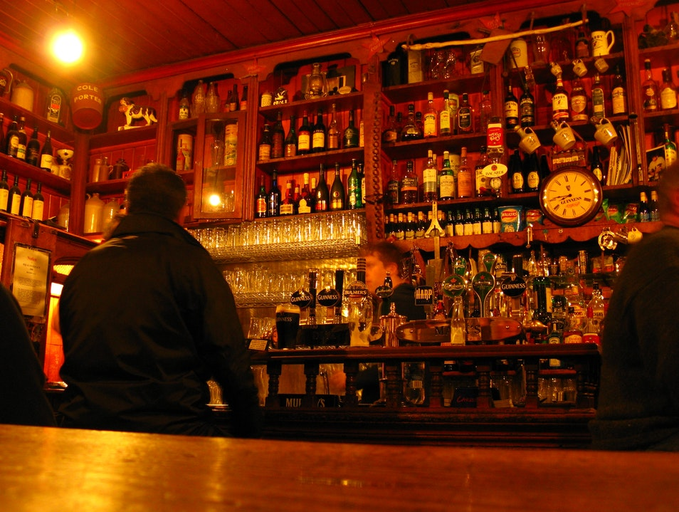 Ireland's living rooms: Pubs Dingle  Ireland