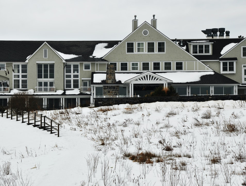 A Luxury Gem in Cape Elizabeth, Maine