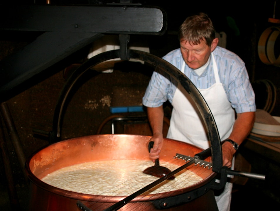 Exploring Swiss Cheesemaking at the Emmental Show Dairy