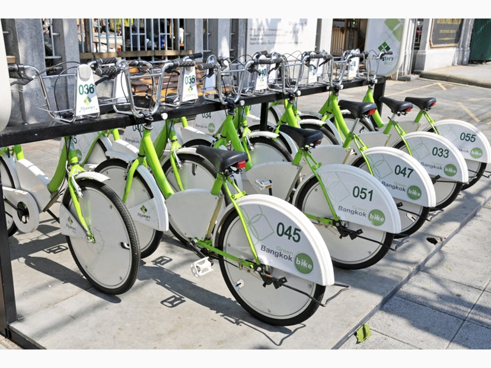Utilize Pedal Power to See Bangkok Differently