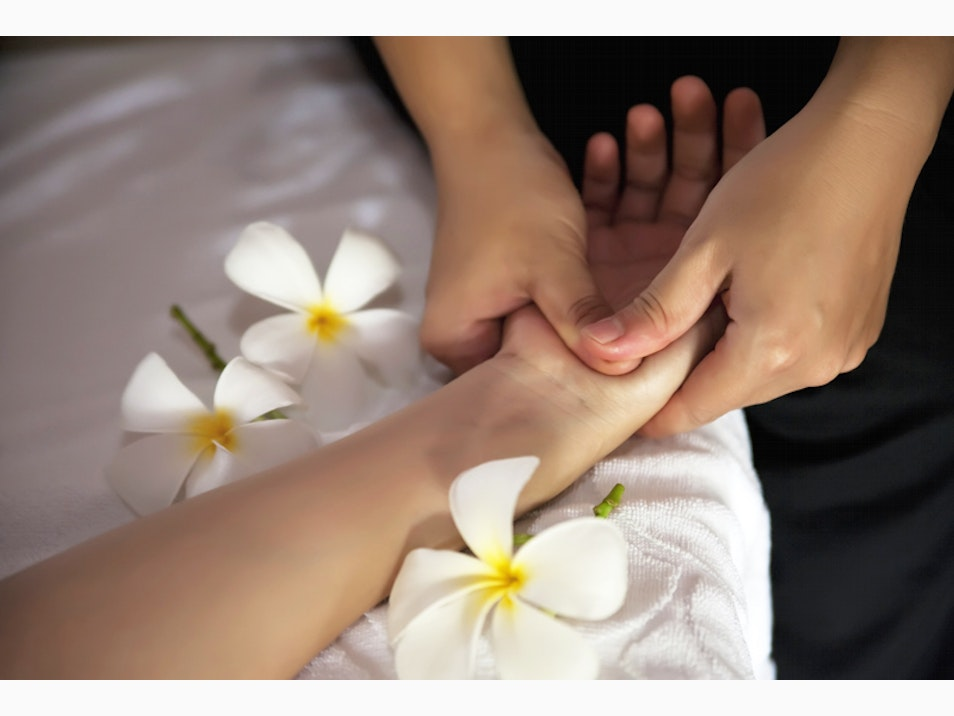 Thai Massage and Relaxing Spas