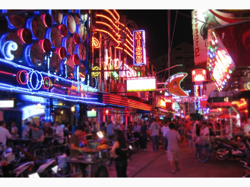 Party into the Wee Hours at Bangkok's Nightspots
